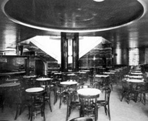 Interier v kavárně Savoy