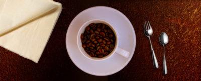 Snídat kávu se nemusí vyplatit