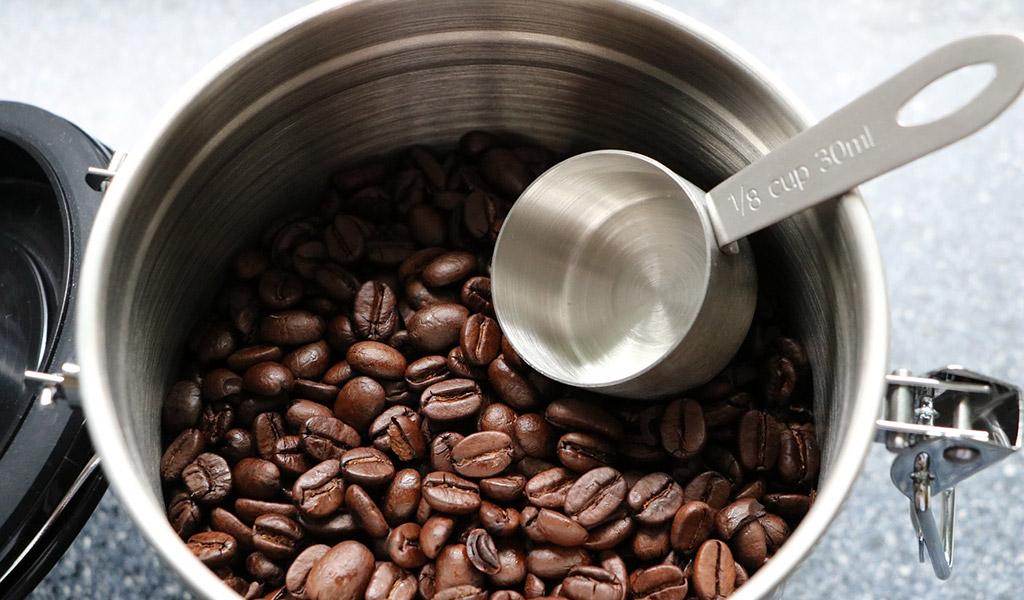 Vzduchotěsná dóza na kávu