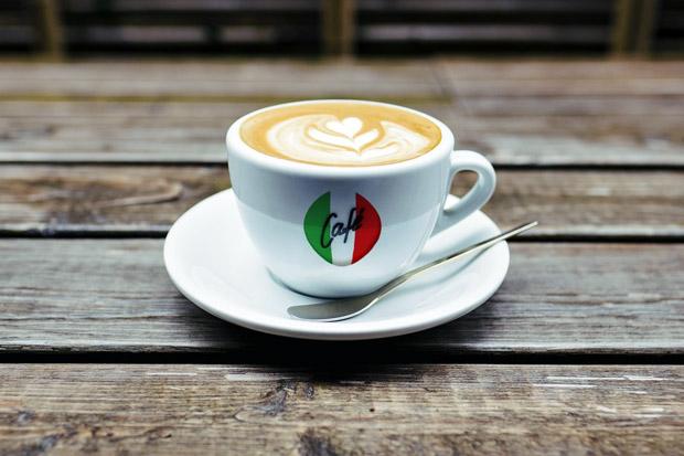 Italská trikolora neznamená zemi původu kávy