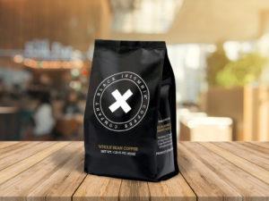 Balení kávy Black Insomnia má 2x více kofeinu než klasické espresso
