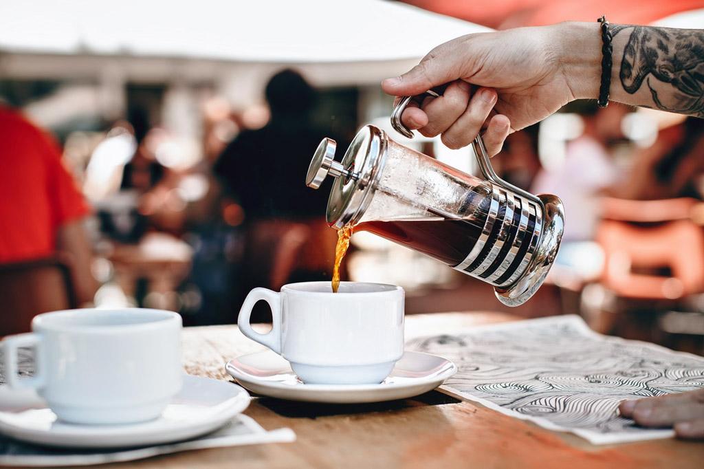 7 tipů, jak si připravit co možná nejsilnější kávu
