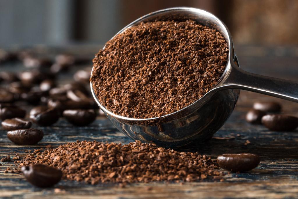 Jak správně zvolit hrubost mletí kávy pro jednotlivé přípravy?