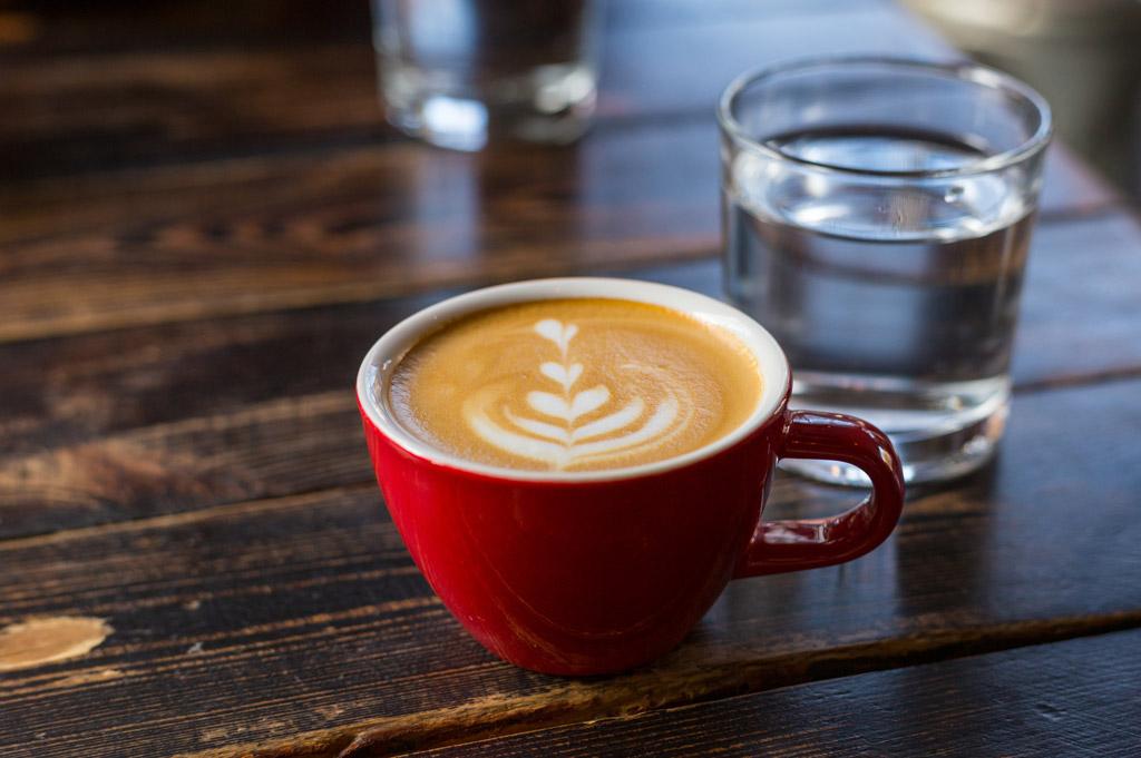 Filtrace vody pro perfektní chuť kávy. Jak a čím začít filtrovat?