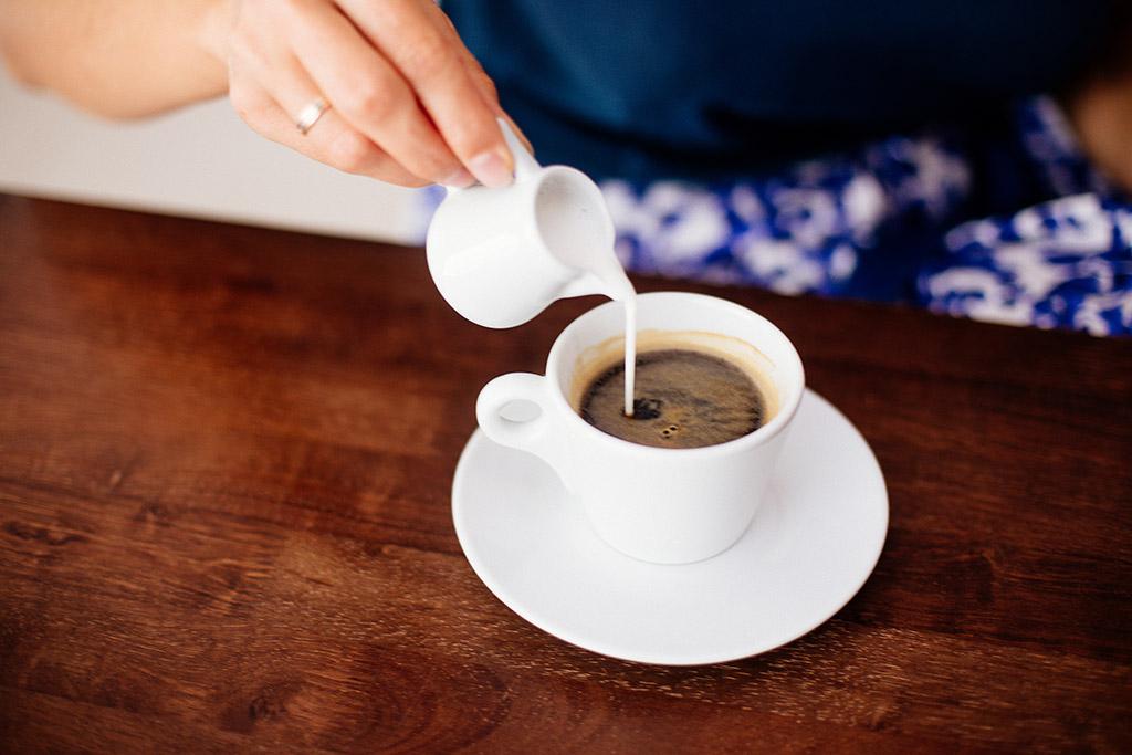 4 nejrozšířenější mýty o kávě s mlékem